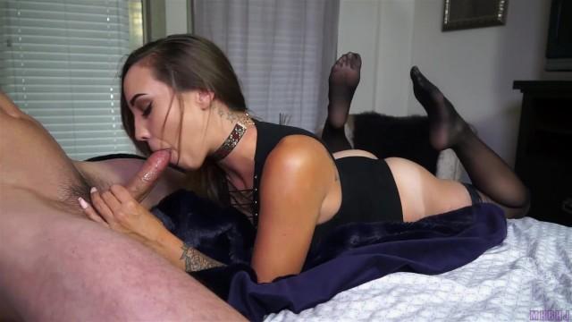 Sasha Foxxx Füße Riechen