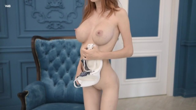 Large Boobs And Skinny Body Alluring Vixen Helga Gray|goldie Baby