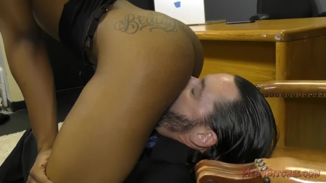 Ebony Secretary Sarah Banks Makes Her White Boss Lick Her Asshole - Femdom