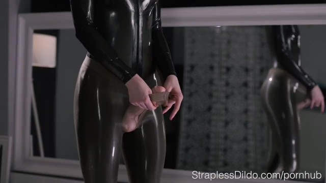 Strapon Cum Masturbation