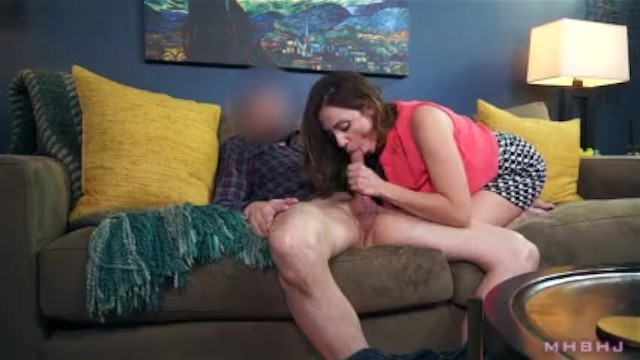 Big Titty Milf Sucks Off Shady Landlord To Cover Rent