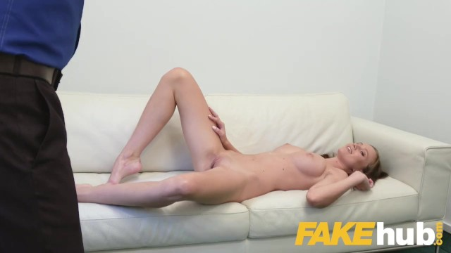 Fake Agent Gives Jizz Amateur In Casting 1